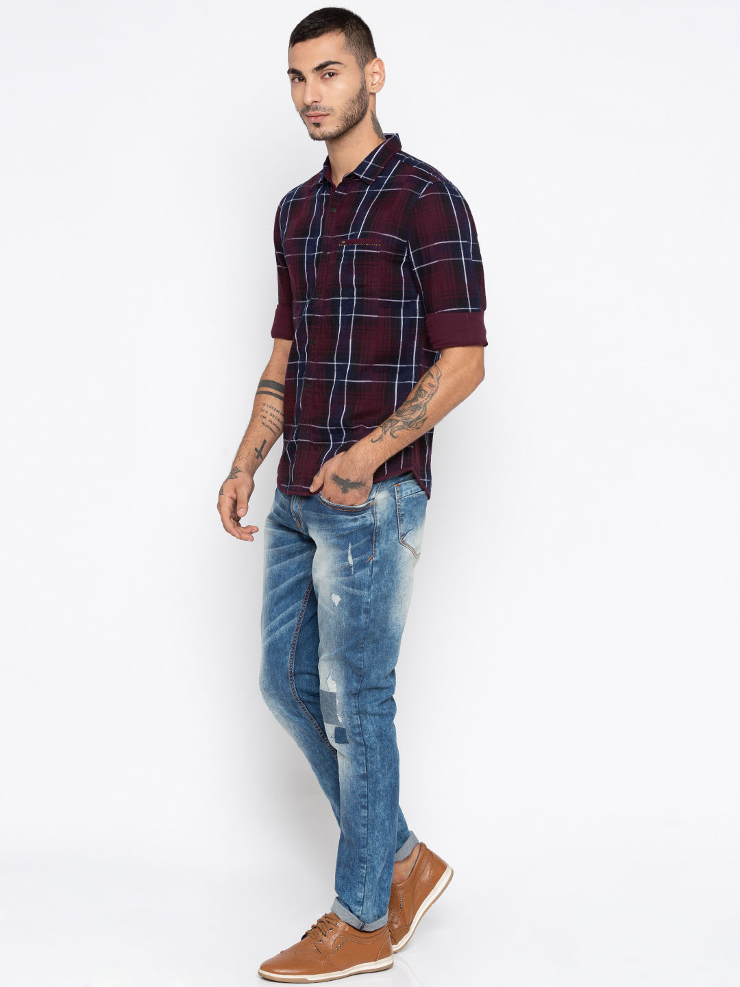 Wine & Navy Checked Slim Fit Casual Shirts