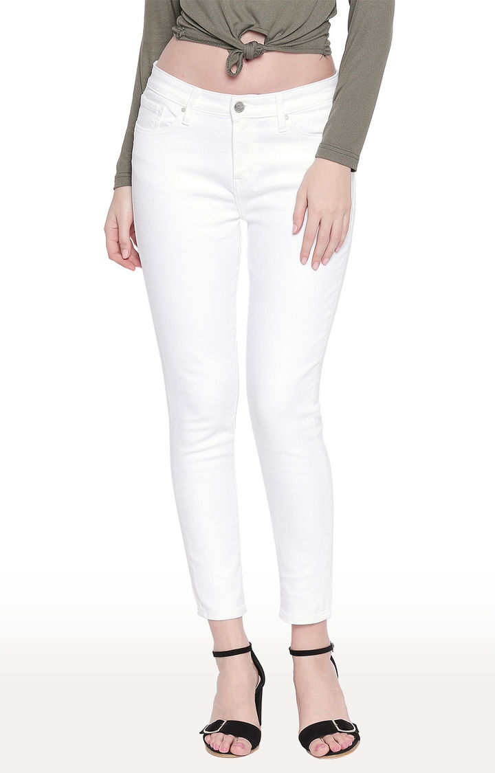 White Solid Skinny Fit Jeans