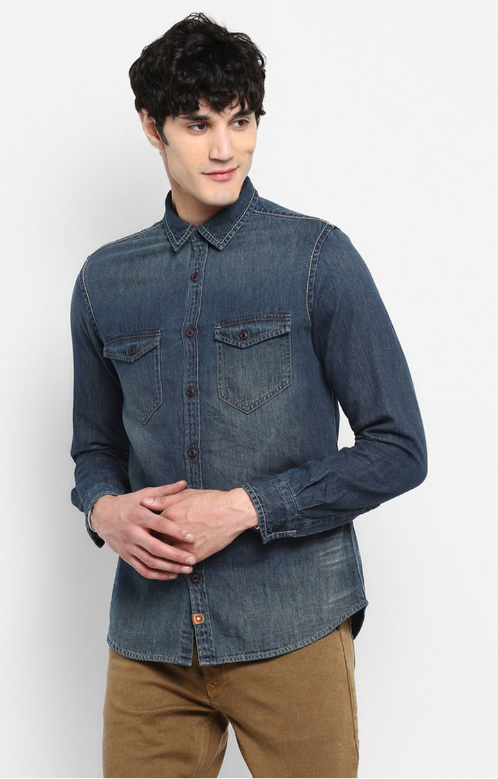 Blue Solid Slim Fit Casual Shirts