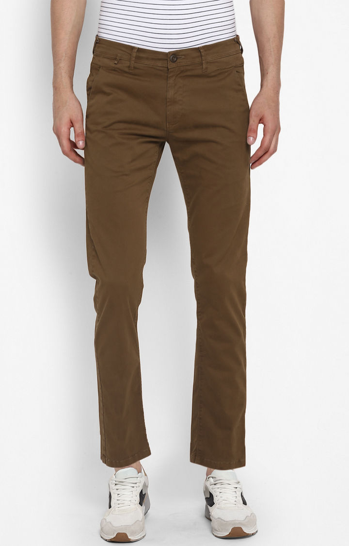 Brown Solid Slim Fit Chinos