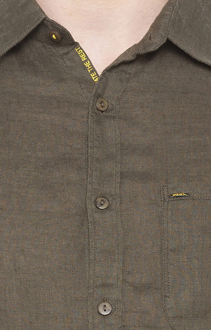 Olive Solid Slim Fit Casual Shirts