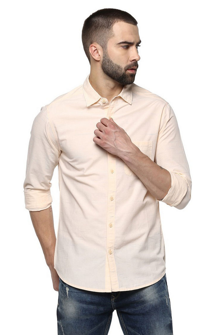 Peach Solid Slim Fit Casual Shirts
