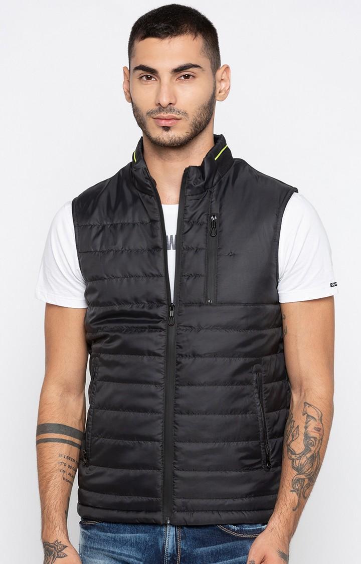 Black Solid Regular Fit sleeveless jackets
