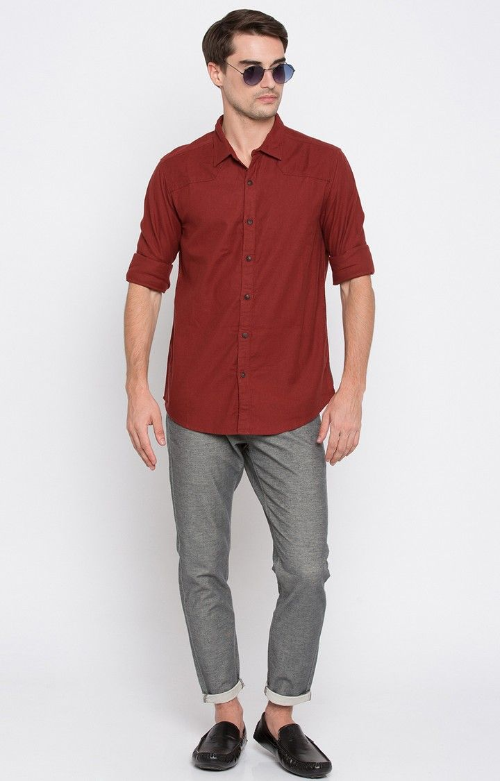 Maroon Solid Slim Fit Casual Shirts