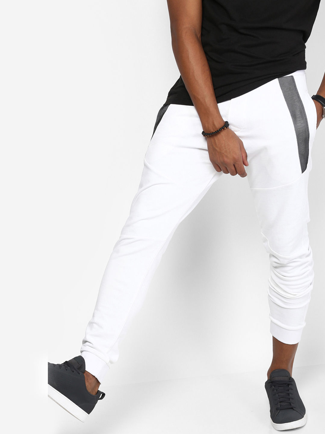 WHITE SOLID CASUAL JOGGERS