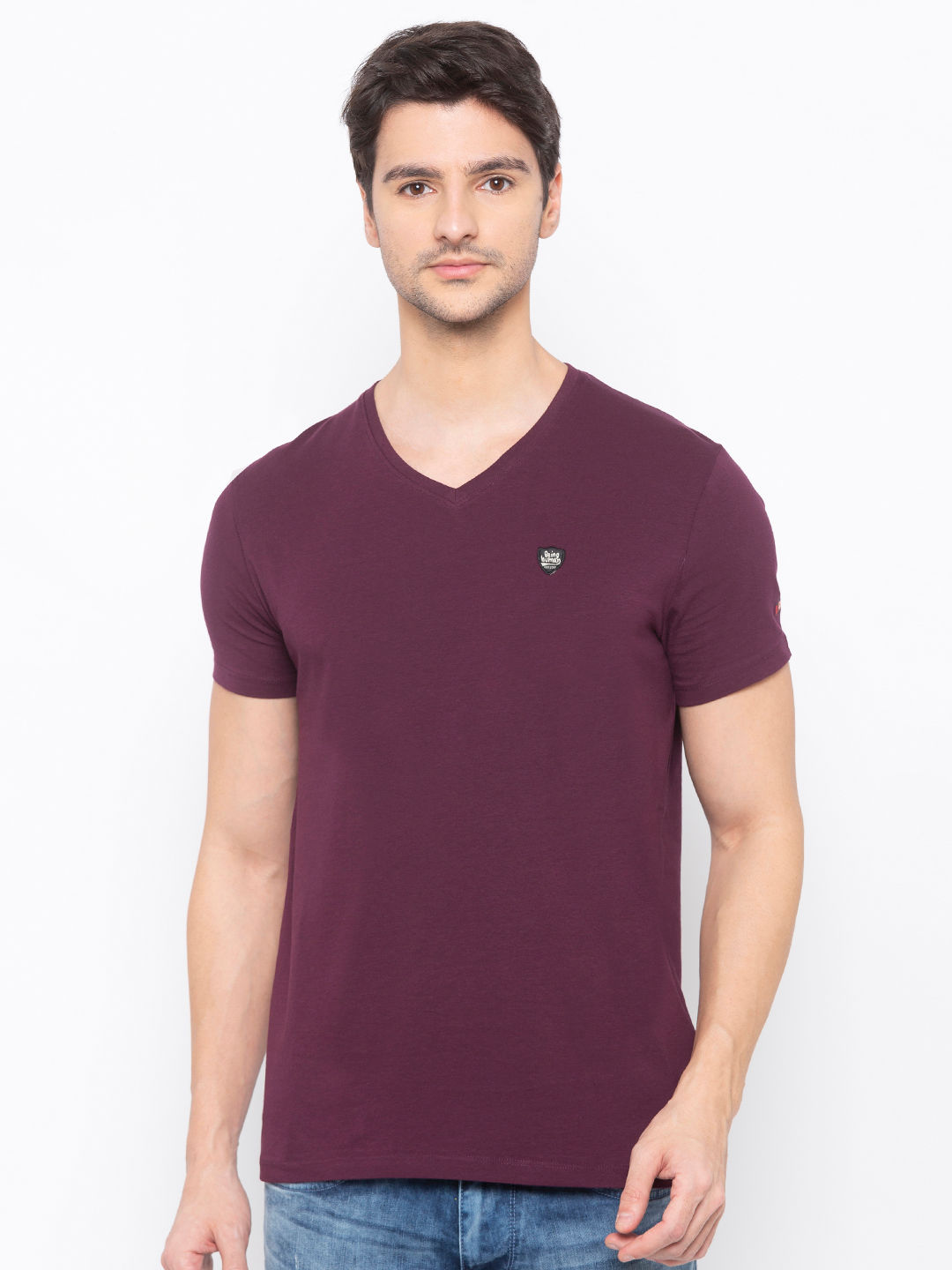 Mens Short Sleeve V Neck with Woven emb patch
