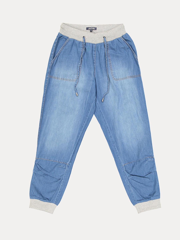 BLUE SOLID CAPRI PANTS