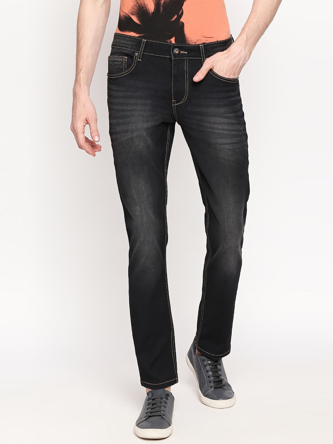 BLACK TONE SOLID TAPERED JEANS