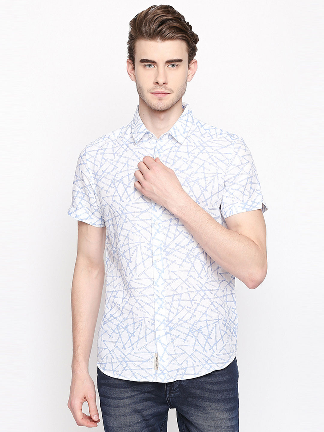 WHITE AND BLUE PRINTED CASUAL SHIRT