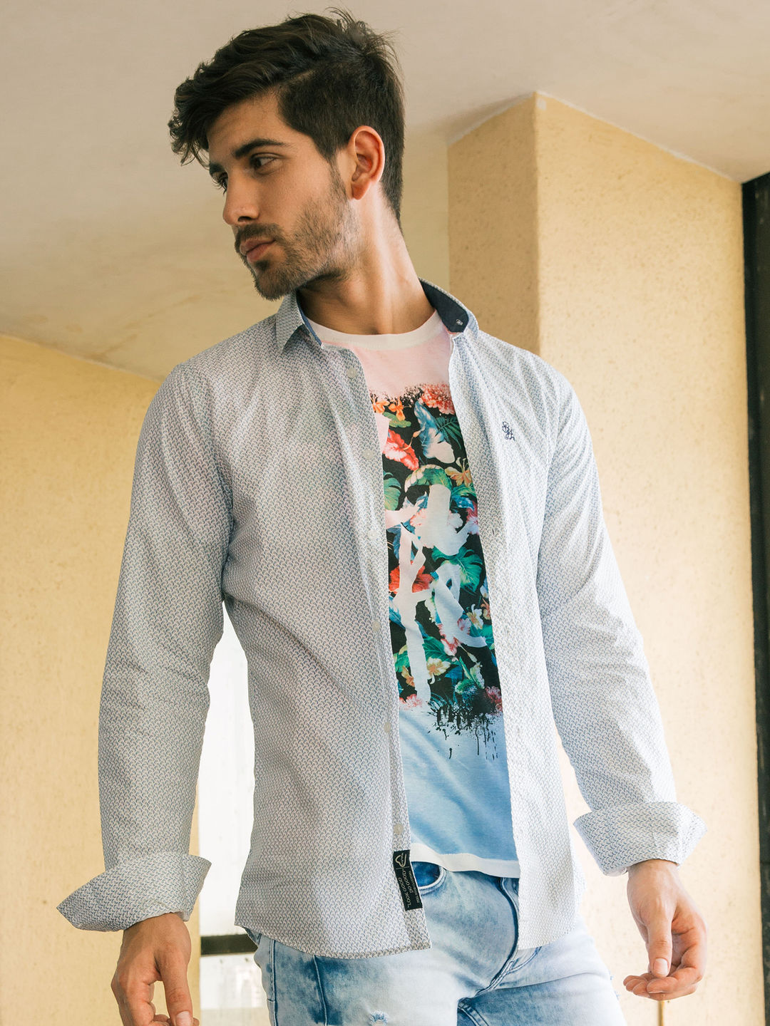 BLUE AND WHITE PRINTED CASUAL SHIRT