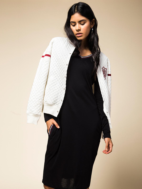 BLACK SOLID SHIFT DRESS