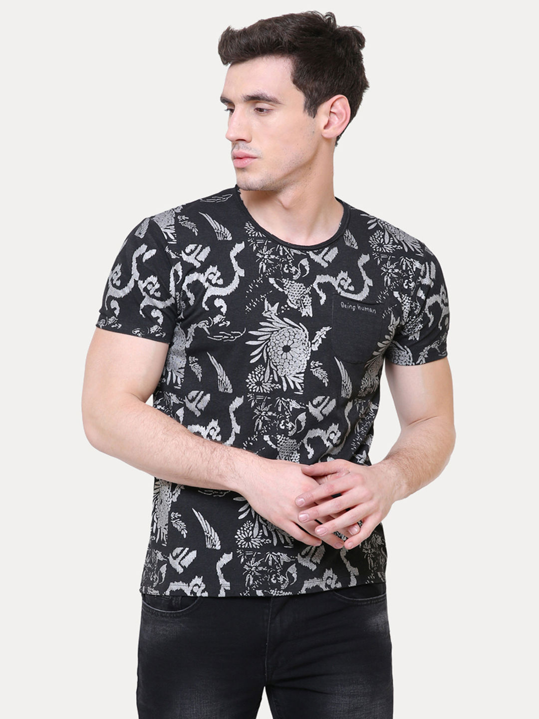 BLACK PRINTED T-SHIRT