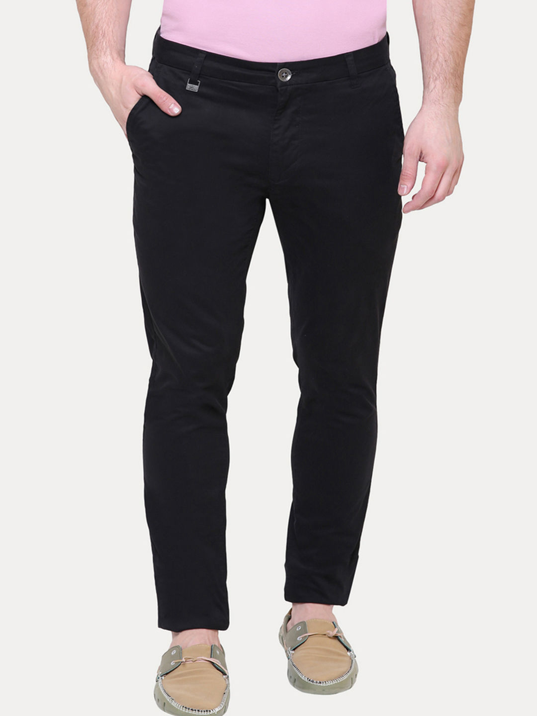 BLACK STRAIGHT CHINOS