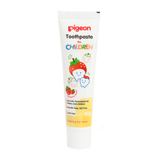 PIGEON STRAWBERRY FLAVOUR TOOTHPASTE FOR CHILDREN