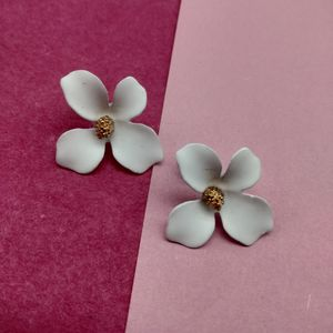 White & Gold-Toned Floral Studs