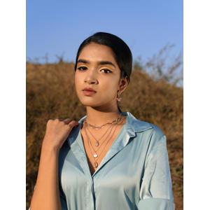 Women Gold-Toned Choker Necklace