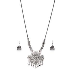 Women Silver-Toned Tribal Oxidised Necklace & Earring Set