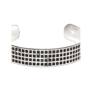Men Silver-Toned & Black Textured Metal Cuff Bracelet