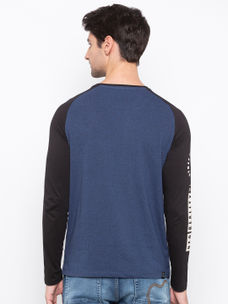 Mens Long Sleeve Crew Neck T-shirt with Silicon Badge