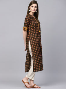 Varanga Brown Printed Straight Kurta