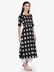 Varanga Black Multicolor Printed 3/4 Sleeves Straight Kurta With Pant