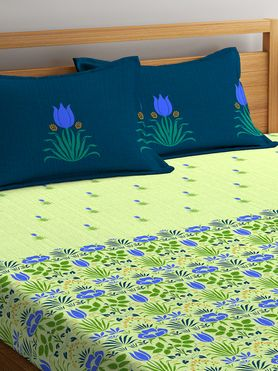 Stellar Home Iris Collection - Blue & Green Floral Print Bedsheet With 2 Pillow Covers (100% Cotton, Queen Size)