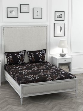 Stellar Home Oliver Collection - Classy Black & Bronze Leaf Print Bedsheet With 2 Pillow Covers (Super Soft Micro, Queen Size)