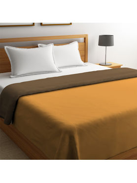 Stellar Home Blockbuster Collection - Ochre & Sepia Reversible Queen Size Comforter (Super Soft Micro)
