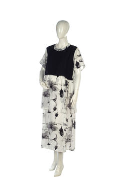 Mee Mee Fashionable Maternity Dress With Feeding Zip ? White & Black