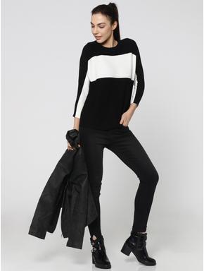 Black & White Pullover