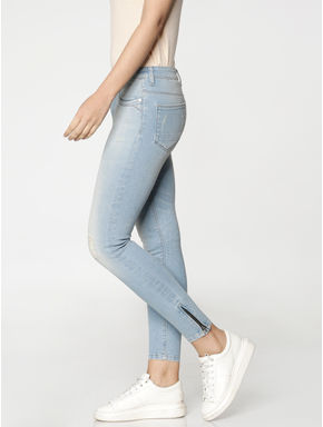 Light Blue High Waist Washed Ankle Length Skinny Fit Jeans