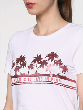 White Graphic and Text Print T-shirt