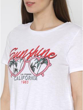 White Graphic Chest Print T-shirt