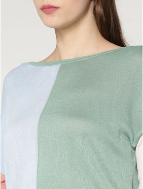 Green Colour Blocked Pullover