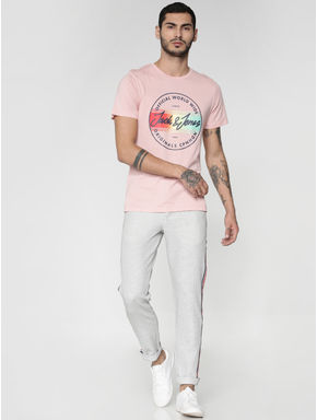 Pink Graphic and Text Print Slim Fit Crew Neck T-shirt