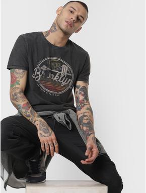 Black Chest Print Crew Neck T-shirt
