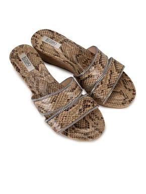 Beige Snake Effect Wedges