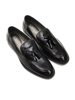PLAIN BLACK LEATHER LOAFERS WITH TASSELS