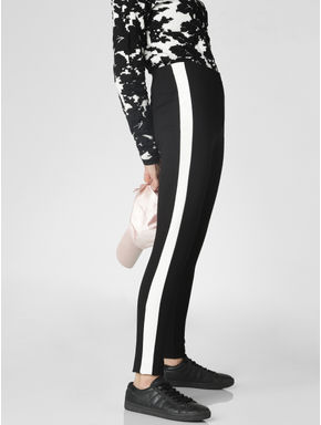 Black Mid Rise Tape Detail Skinny Leggings