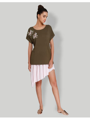 Brown Bird Embroidered T-Shirt