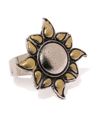 Women Oxidised Silver  Gold-Toned Dualist Sun Handcrafted Ring-ONESIZE-Silver