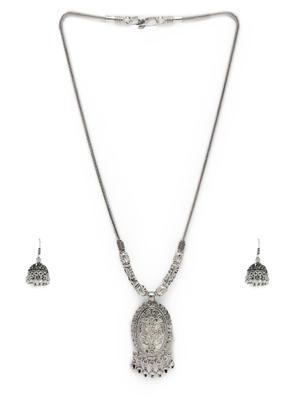 Women Silver-Toned Necklace & Earring Set