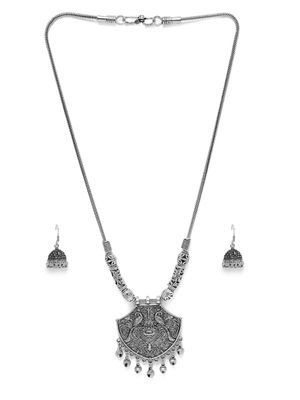 Women Silver-Toned Contemporary Necklace & Earring Set