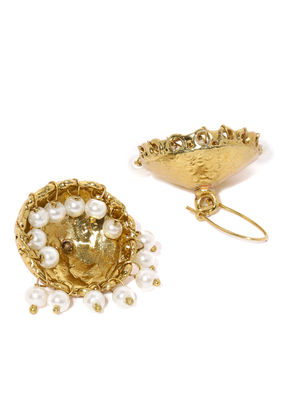 Gold pretty jumka earring