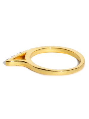 Gold-Plated Diamond Route Stone-Studded Ring
