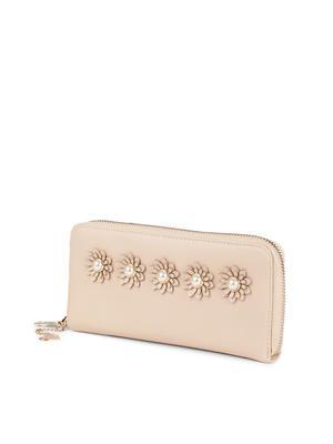 Ecru Pearl Flower Wallet