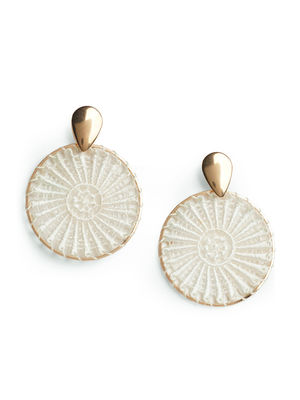 Toniq Chic Gold And White Boho Circle Drop Earrings For Women