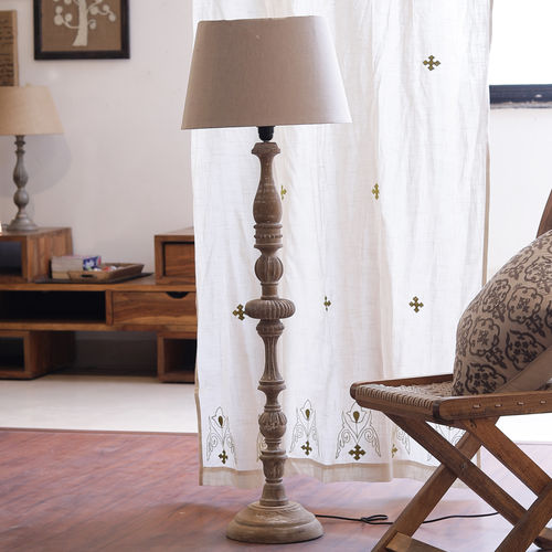 Décor Mart Designer White wash Wood  Lamp with Off white Shade
