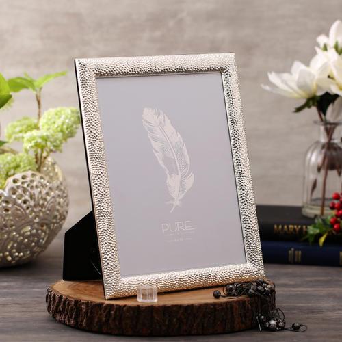 Shiny Silver Tabletop Frame