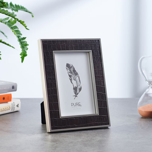 Small Black Croco Textured Tabletop Frame